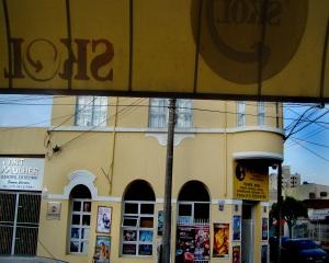 ex-pharmacia-do-sr-joaozinho-e-atual-locadora-vista-do-buteko-do-adao-ex-bar-do-abel-dsc02803