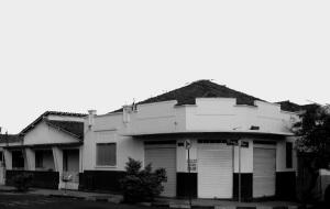 farmacia-na-esquina-tiradentes-presciliano-em-pb-e-ao-fundo-residencia-do-joazinho-farmaceutico-e-dona-angela-dsc02808