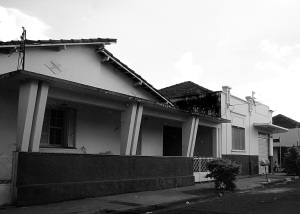 residencia-de-dona-angela-e-joaozinho-farmaceutico-na-presciliano-pinto-dsc02817